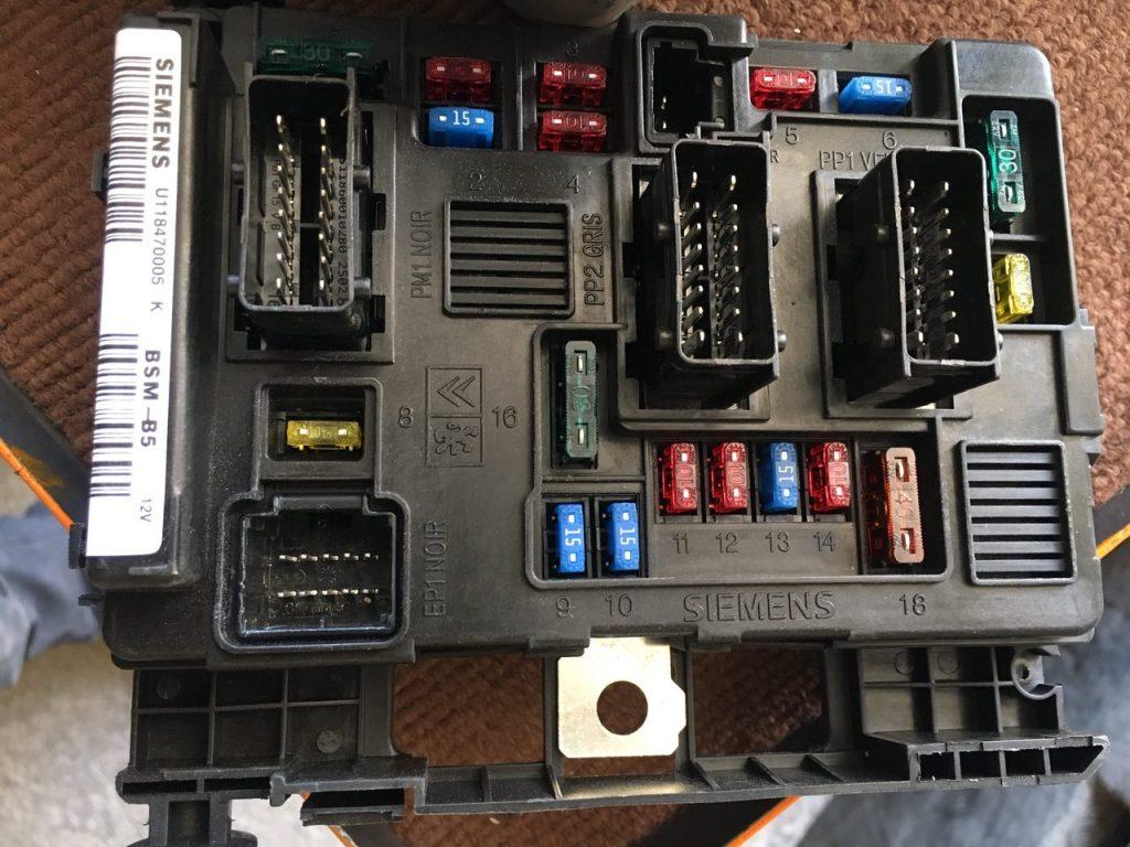 جعبه فیوز BSM ۲۰۶ چینی و اصلی